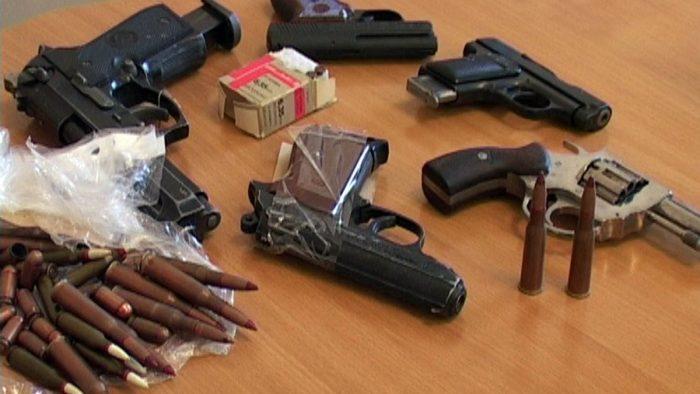 незаконный оборот оружия