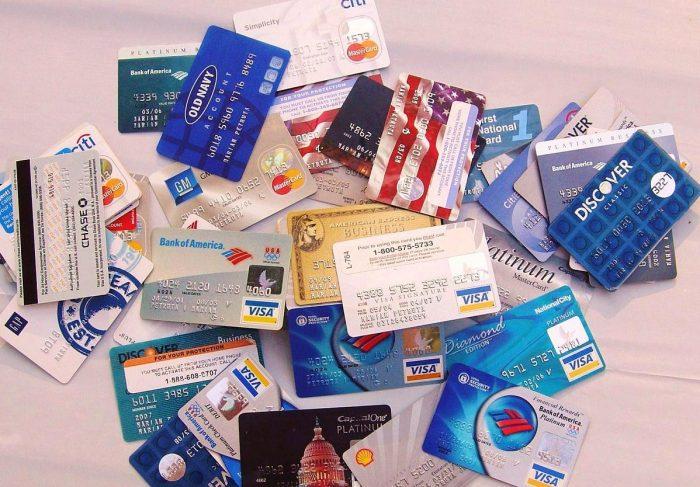 поддельные платежные карты