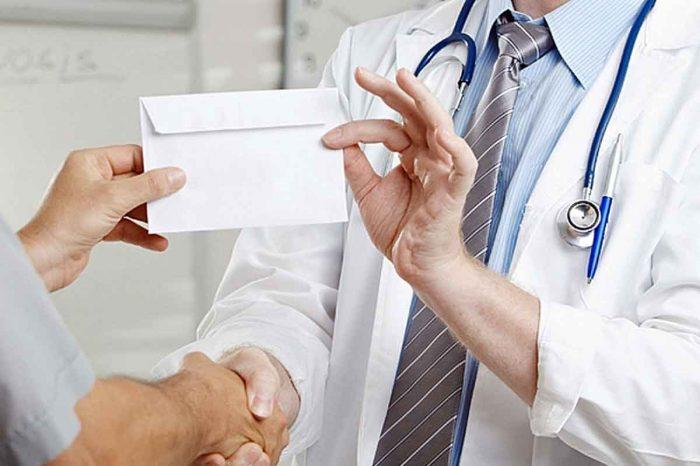 взятка медицинскому работнику